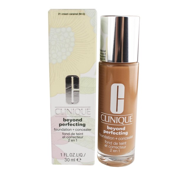 Clinique beyond perfecting foundation 21 cream caramel